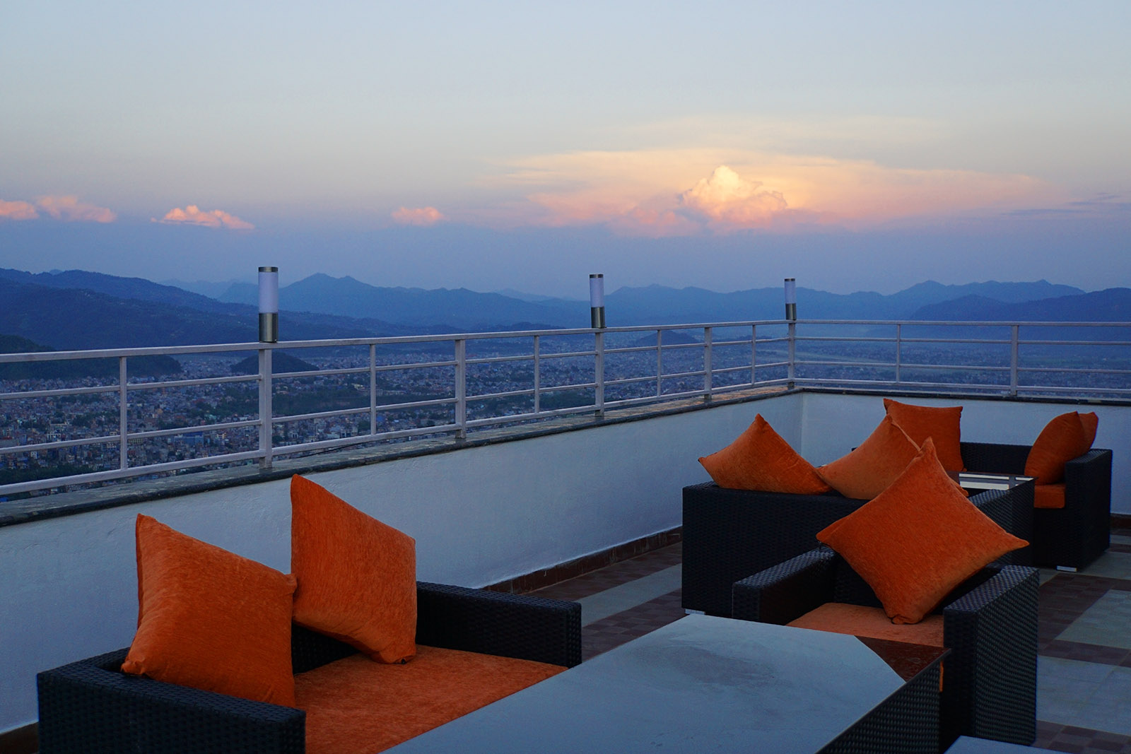 Rooftop lounge - Pokhara city view